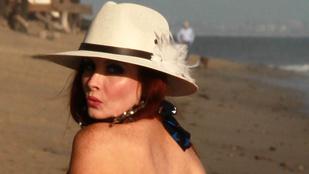 Phoebe Price úgy hordja a bikinit, mint senki
