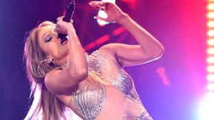 Csodálja meg Jennifer Lopez testrészeit!