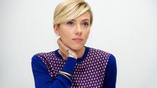 Scarlett Johansson utálja, ha lenyúlják a taxiját, de imádja a férjét és a lányát