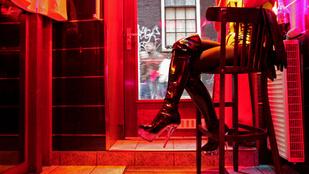 Észak-Írországban tilos lesz a szexért fizetni