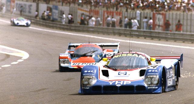 Elöl a 24-es számú R90CK az 1990-es Le Mans-i 24 óráson