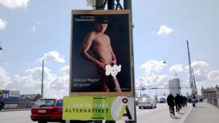 A pöcsével kampányol egy dán politikus