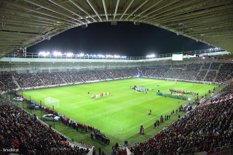 Orbán Viktor miniszterelnök és Kósa Lajos debreceni polgármester avatta fel az új debreceni stadiont