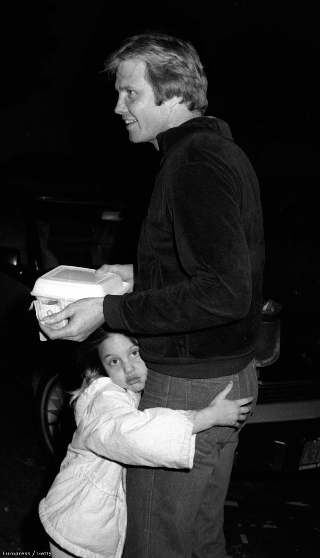 Angelina Jolie és Jon Voight 1981-ben