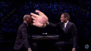 PIFF - mondta a Jason Statham arcán puffanó gumihab-tenyér