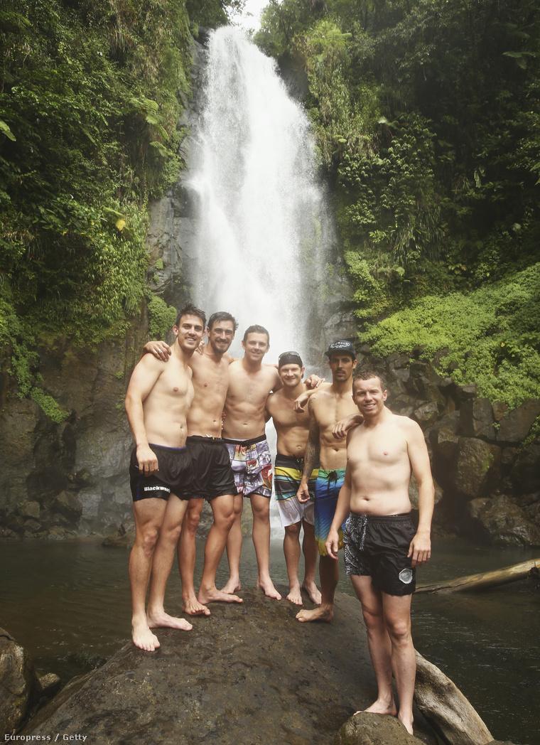 A Trafalgar Falls nevű vízesésekhez ment el az ausztrál krikettválogatott