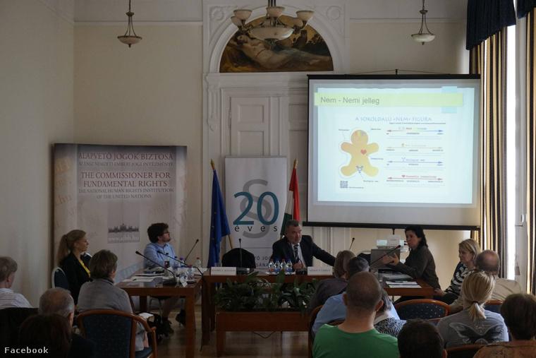 Székely László, az alapvető jogok biztosa a konferencián