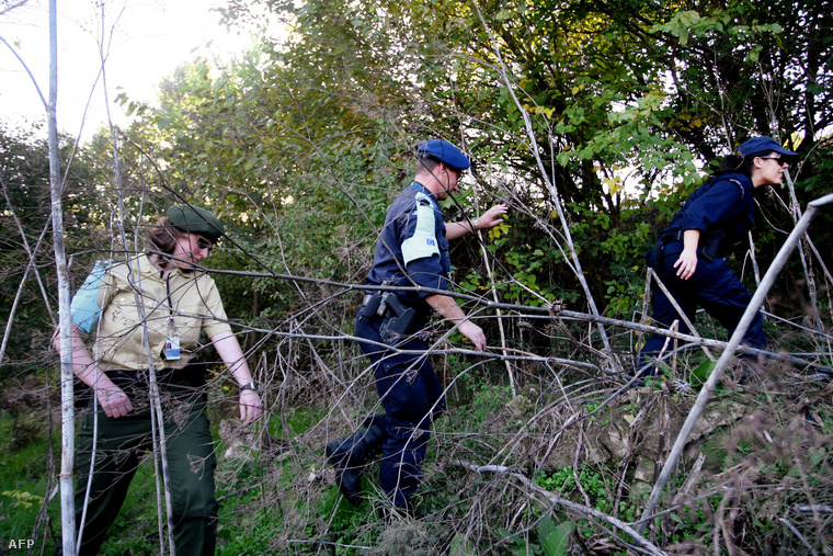 Frontex határvédelmi csoportok járőröznek Oresztiada település közelében, a görög–török határnál