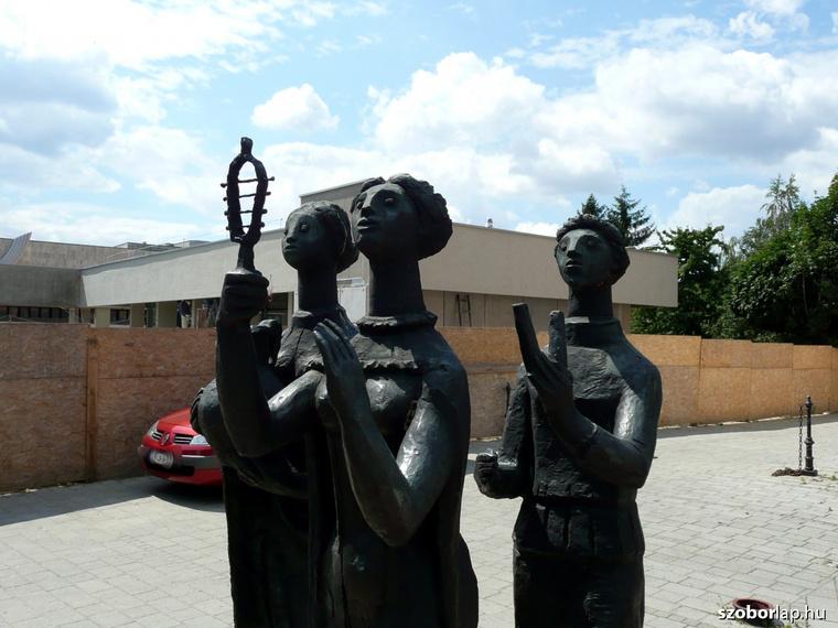Ünnepi menet - Majthényi Károly szobra, 1980