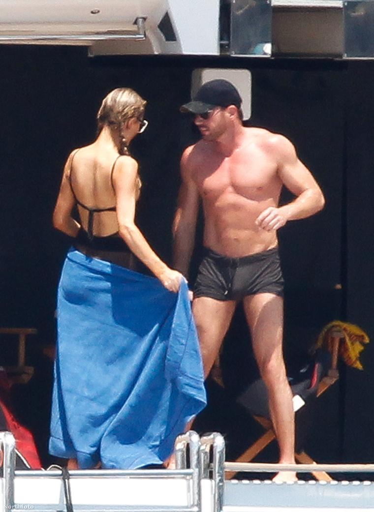 Paris Hilton és Thomas Gross az Ibiza melletti sziget, Formentera környékén hajózgat