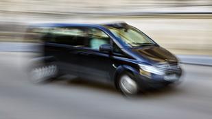 Fekete furgonosok támadtak egy szegedi lányra