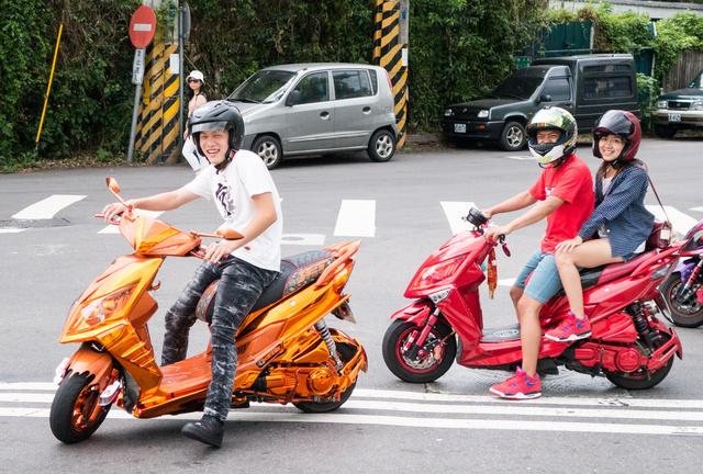 A teljes robogóaranyozás még Taipeiben is extrémnek számít