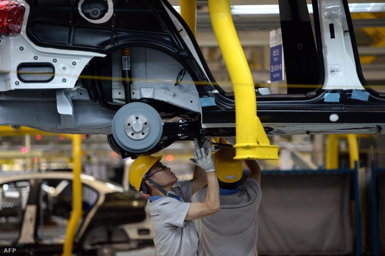 Volkswagen gyár a kínai Csengduban