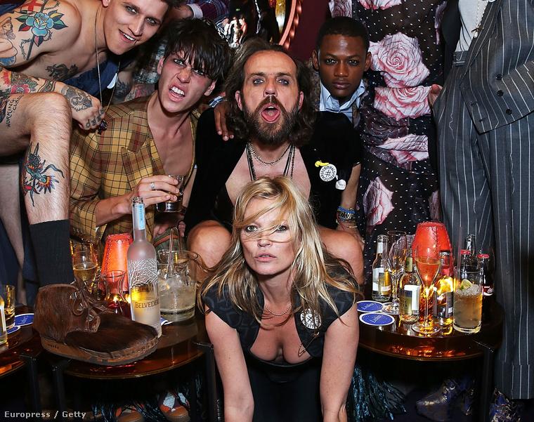 Hétfő éjjel: Kate Moss távozik az AnotherMan című magazin buliján