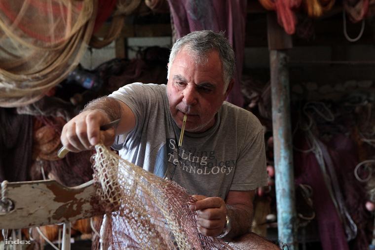 Vincenzo Billeci a sziget egyik utolsó halásza