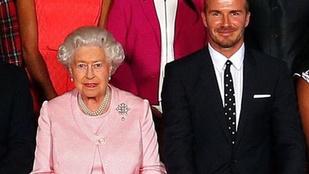 David Beckham és Erzsébet királynő közös fotója tökéletes