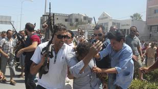 Sorra kerülnek fel a videók a tunéziai mészárlásról