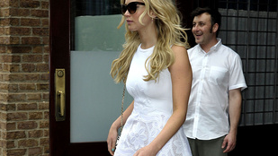 Jennifer Lawrence tökéletes alakja jól látszik ebben a cuccban