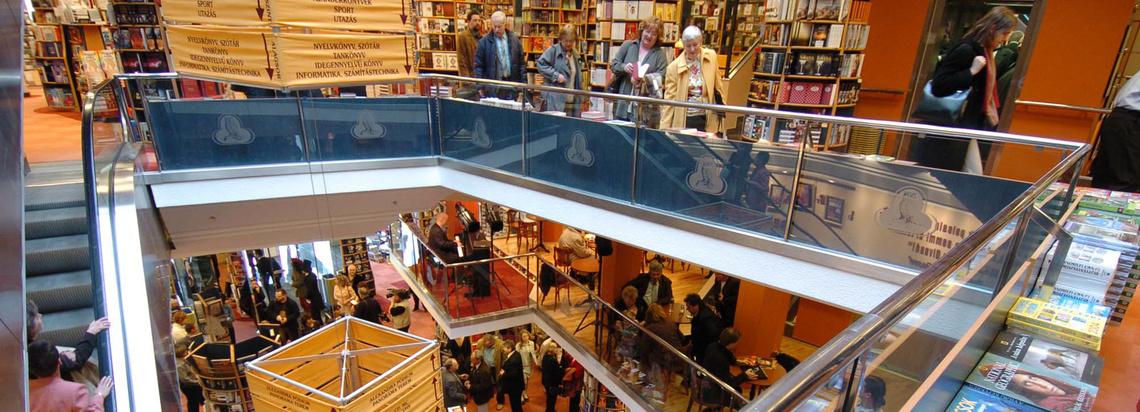 Index - Kultúr - Már múlt héten bezárt egy Alexandra könyvesbolt ba5ec3cb2b