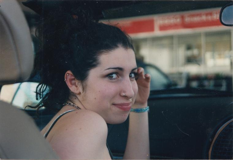 P31953.JW teen Amy