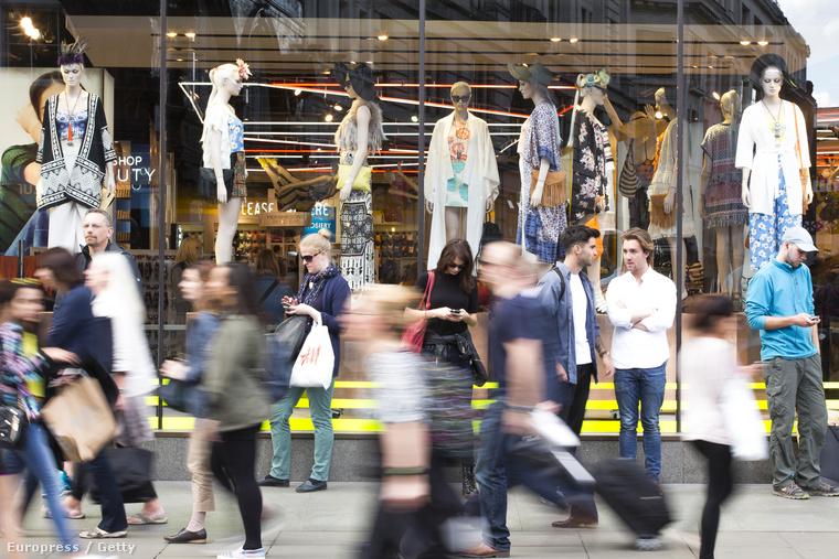 Londonban is vásárolnának vasárnap