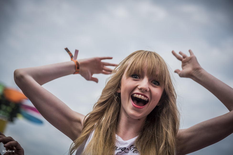 Ez a lány pedig még úgy is örül, hogy valószínűleg nem is tudja mi az a Fornetti.
