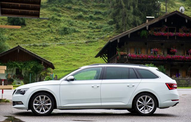 A Skoda szerint új formanyelv, igazából csak megkapta a rendes VW-dizájnt, de az jó