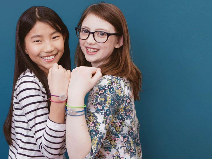 jewelbots-smart-friendship-bracelets-1