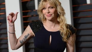 Courtney Love nem küzd az öregedés ellen