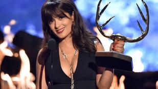 Férje nem engedi, hogy Salma Hayek felhagyjon a színészettel