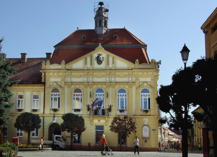A városi Önkormányzat Polgármesteri Hivatalának épülete Szigetváron.