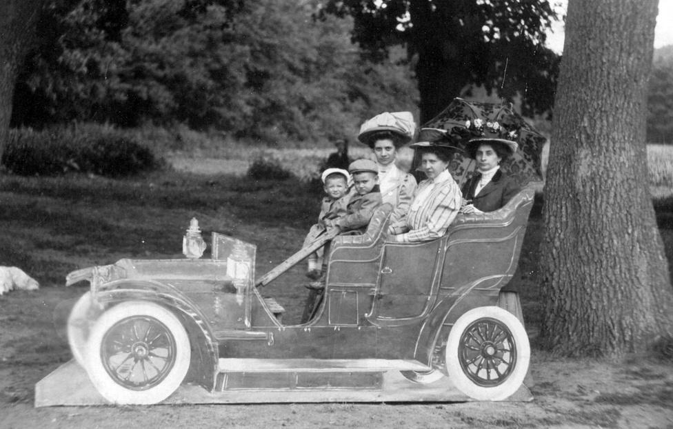 1910.