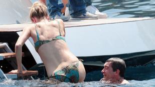 Antonio Banderas íjjaj úgy élvezi a strandot