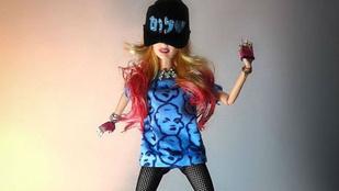 Na kiről mintázták ezt a Barbie-t?