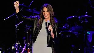 Caitlyn Jenner volt a legszebb díszvendég Boy George koncertjén