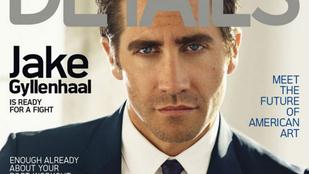 Jake Gyllenhaal elkezdett erősen georgeclooney-sodni