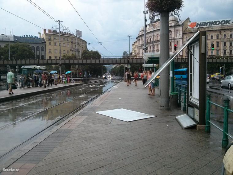A Nyugati tér sem úszta meg.