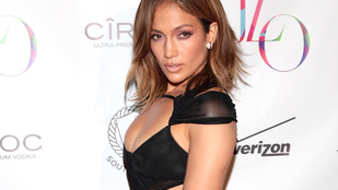 Jennifer Lopez bugyi nélkül ünnepelte a születésnapját