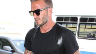 Mégis mi a franc az ott David Beckham lábán?