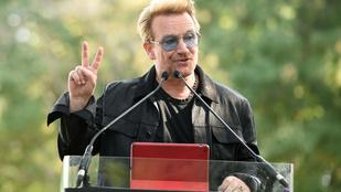 Bono szőke lett, már nem csak a szemüvegei miatt néz ki hülyén