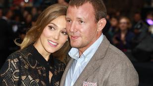 Guy Ritchie feleségül vette a menyasszonyát