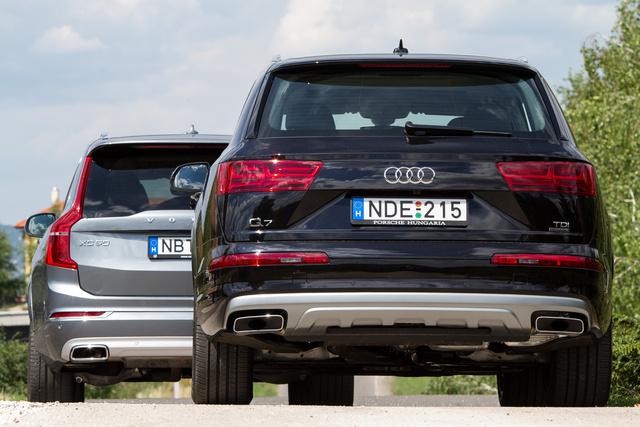 Mintha kötelező lenne az alsó védelmet imitáló ezüstbetét Galéria: Összehasonlító: Audi Q7 – Volvo XC90