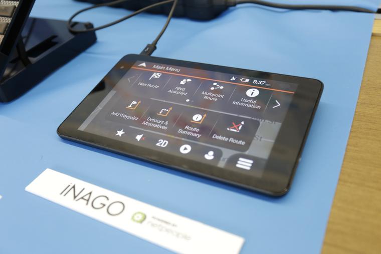 Az iNAGO rendszere egy tableten futott