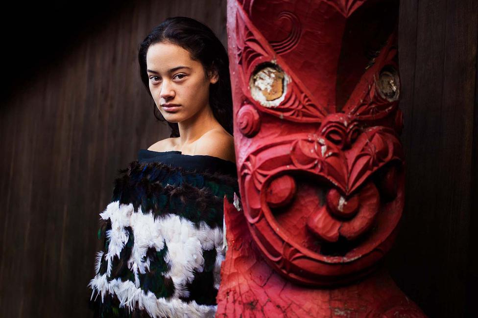 A fotós szerint a globális trendek abba az irányba hatnak, hogy mindenki egyformán nézzen ki és viselkedjen, és talán ötven év múlva már így is lesz. Abban reménykedik, hogy ha ez be is következik, A szépség atlasza megőrzi, milyenek voltak a kultúrák és tradíciók. Például a maoriké.