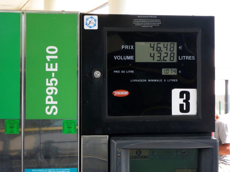 Na, tudnak ennél olcsóbban legálisan tankolni?