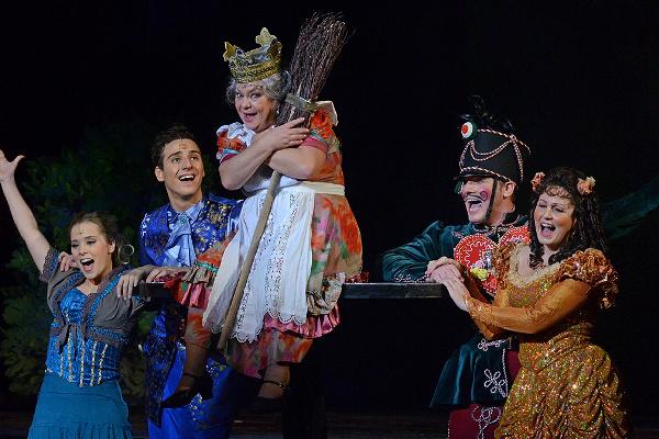 Oszi boszi - Budapesti Operettszínház