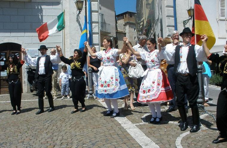 Itáliában táncolt a Mecsek