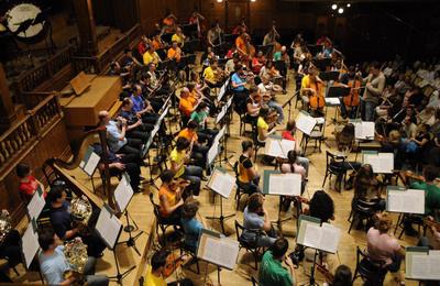 Óbudai Danubia Zenekarfennállásuk 15. évfordulóján, az évadzáró koncerten