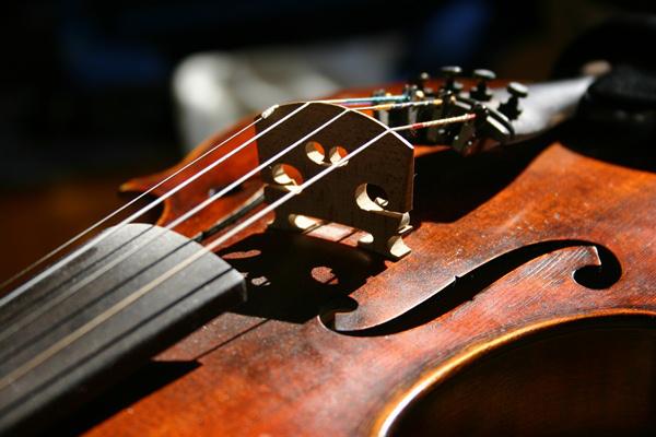 hegedű, illusztráció
