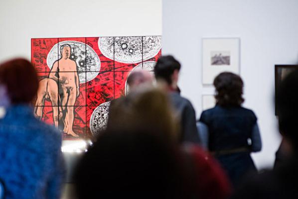 A meztelen férfi c. kiállítás